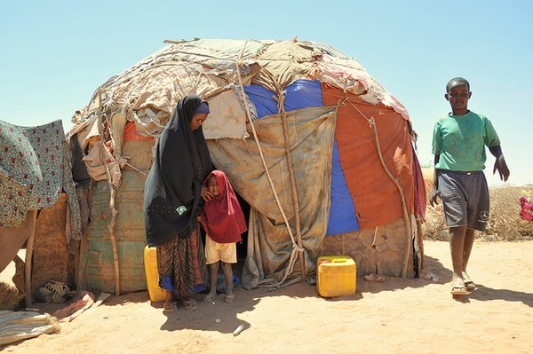 People suffering from drought.  Climate change causes extreme weather patterns in many regions of the world. <br> Photo: © Oxfam East Africa (flickr)