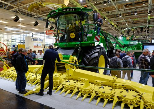 Agritechnica presentend innovations, which enable processes to be part-automated that will give farmers the new opportunities they need to enhance efficiency and conserve resources.