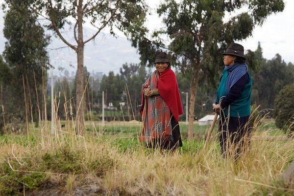 Indigenous women near Yanayacu, Ecuador. <br /> Photo: © David Brossard (flickr)